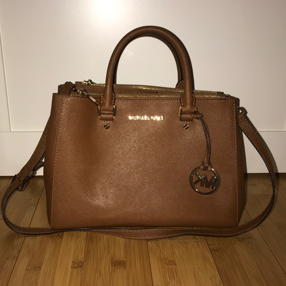 michael kors purse brown